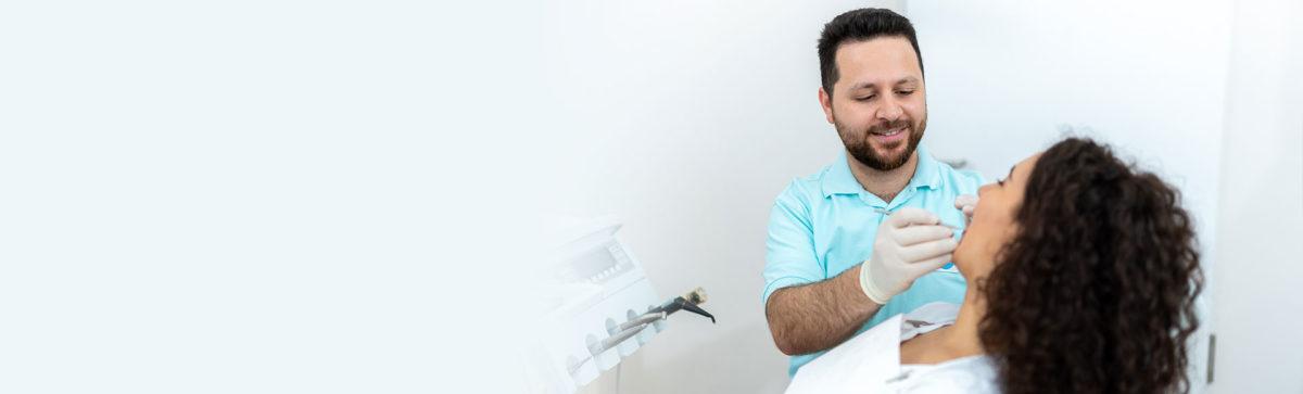 Zahnarzt Kontrolluntersuchung Karies vorbeugen Bremen